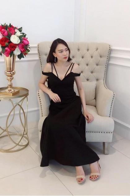 Chixxie Valeria Long Dress in Black