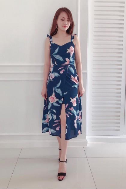 Chixxie Sasha Maxi Dress in Navy