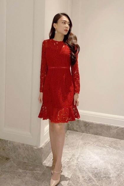 Chixxie Kayla Lace Dress in Red
