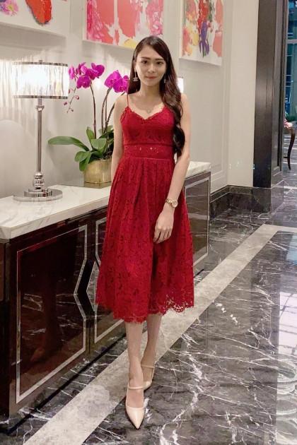 Chixxie Heather Midi Lace Dress in Red