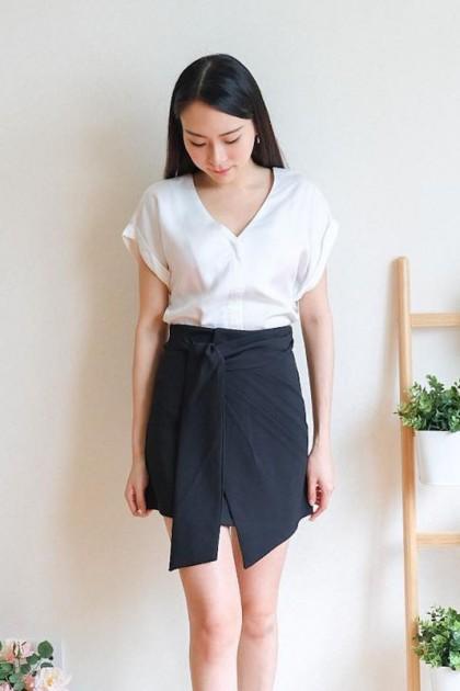 Chixxie Constance Short Skirt in Black