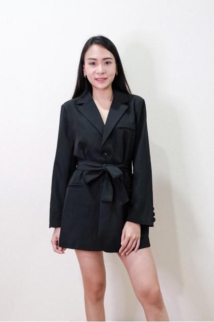 Chixxie Kendall Blazer in Black
