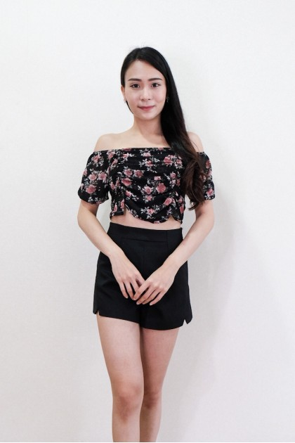 Chixxie Lara Off-Shoulder Top in Black