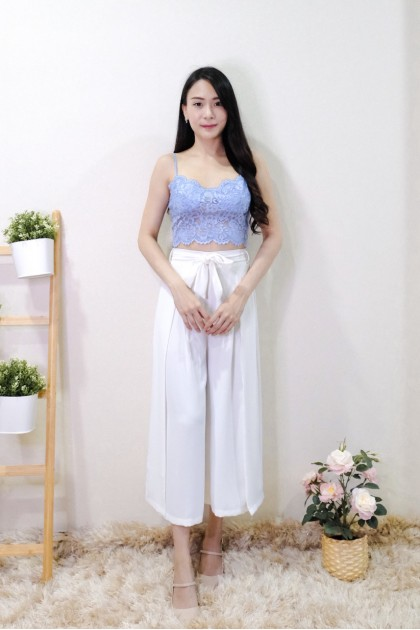 Chixxie Pearl Lace Crop Top in Blue