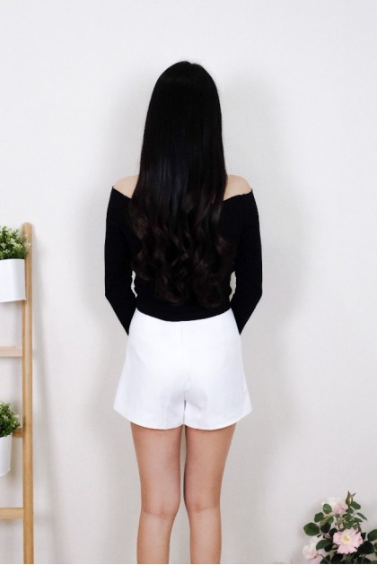 Chixxie Kyla Long Sleeve Off-Shoulder Crop Top in Black