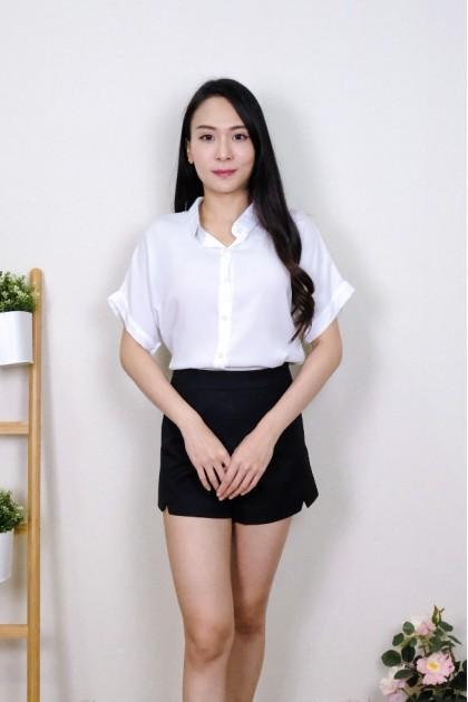 Chixxie Demi Collar Blouse in White