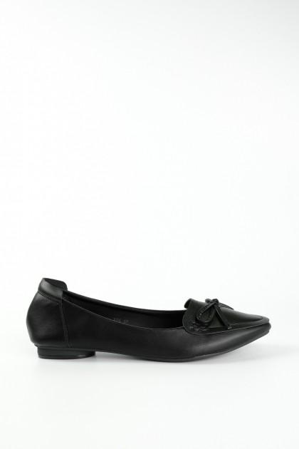 Chixxie Ribbon Tie Pointed Toe Flats in Black