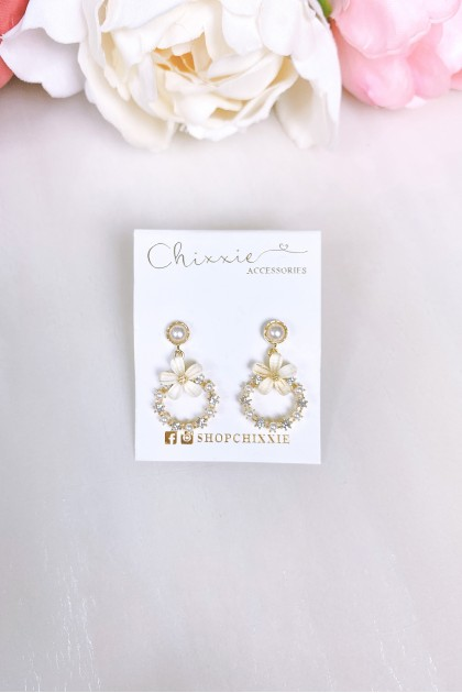 Gold Flower Drop Diamante Pearl Earring