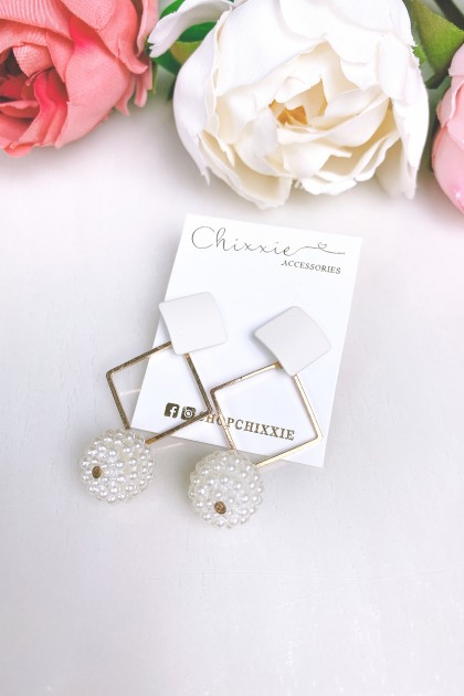 White Diamond Cut Pearl Drop Earring