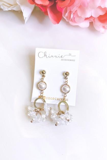 Gold Chain Pearl Flower Drop Earrings