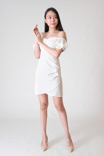 Chixxie Samantha Sweetheart Dress in White